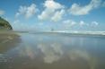 Karekare_beach